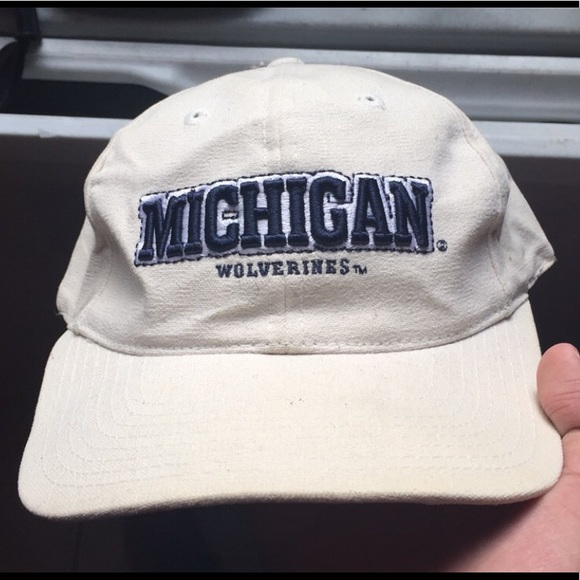42c4ed9ed90 Vintage Sports Specialties Michigan Wolverines Hat.  M 5b4b8c284ab6334eb246b00b
